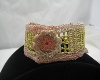 Crochet bracelet with a flower