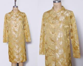Vintage 50s brocade jacket / light gold floral coat / rose print jacket / evening jacket / 50s satin jacket
