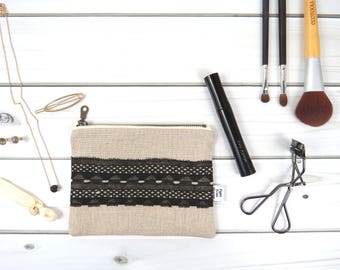 Linen Lace clutch zipper pouch small size - VINTAGE MARY in Natural - vintage cotton lace, linen cosmetic bag, passport case
