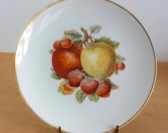 Vintage Fruit Plate • Apples and Strawberries Plate • Decorative Gold Trim Single Plate