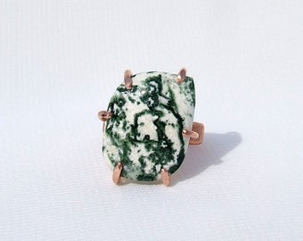 Agate Ring, Green Tree Agate, natural stone ring, green stone ring, copper ring, small finger, midi ring, pinky ring, prong set, size 3