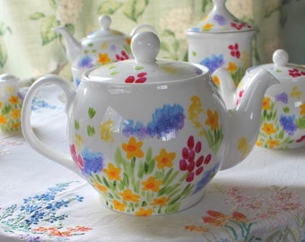 Meadow flowers floral teapot 8-10 cup fine bone china hand painted teapot