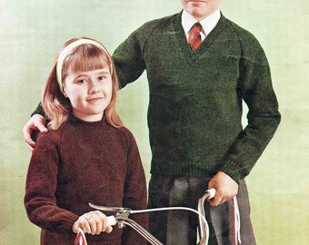 Child's Boy's Girl's Round V Neck Sweater Pullover Jumper - Size 66 to 81 cm (26 to 32 inch) - Coats Caravelle 225  Vintage Knitting Pattern