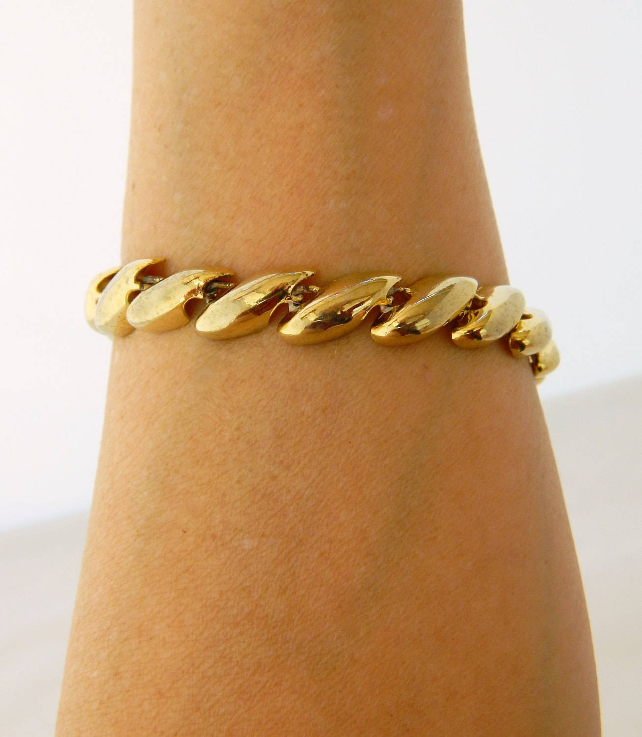 retro roberto bracelet product wide coin link gold yellow