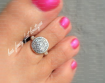 Silver Toe Ring, Silver Ring, Windwave Coin Bead, Silver Beads, Toe Ring, Ring, Stretch Bead Toe Ring