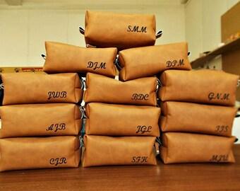 Dopp Kit, Mens toiletry Bag, Cosmetic bag, Groomsman Gift, Shaving Bag, Travel Set, Vegan Leather, Rustic, Wash Bag, Brown Bag, Brush Case