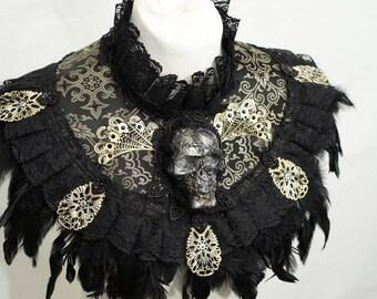 Skull collar with feather in bronze black / Totenschädel  Kragen mit Federn aus Jaquardstoff