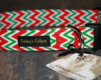 """Red and Green Chevron Dog Collar """"The Chevron in Christmas"""""""