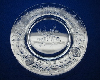 Cut glass plates with a lot of cutting , set of 6 , flowers and leaves , fancy