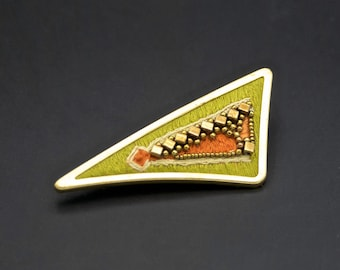 Brooch triangle green abstract