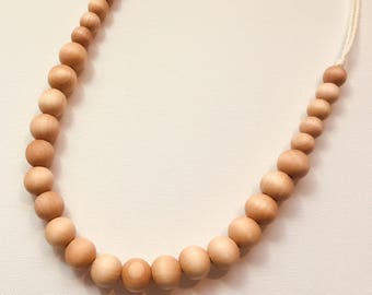 Natural Wood Teething & Nursing Necklace (Diana)