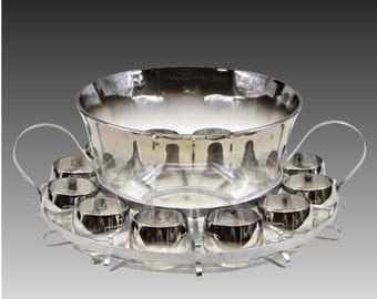 """Dorothy Thorpe items are """"hot"""" collectibles now - Dorothy Thorpe Silver Fade Punch Set - Mid Century - Retro - 1950s -15 Pcs."""