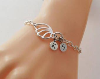 Custom Angel Wing Initial Charm Bracelet, Sterling Silver Wing Bracelet, Initials Bracelet, Personalised Initial Bracelet, Gift for Sister