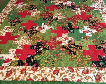 Santa Dreams Flannel Backed Quilt REDUCED