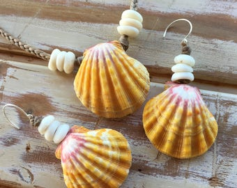 Hawaiian sunrise shell necklace and earring set