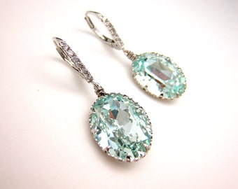 Swarovski vintage light azore oval foiled pendant with white gold plated brass leverback hook earrings cubic deco bridesmaid gift party