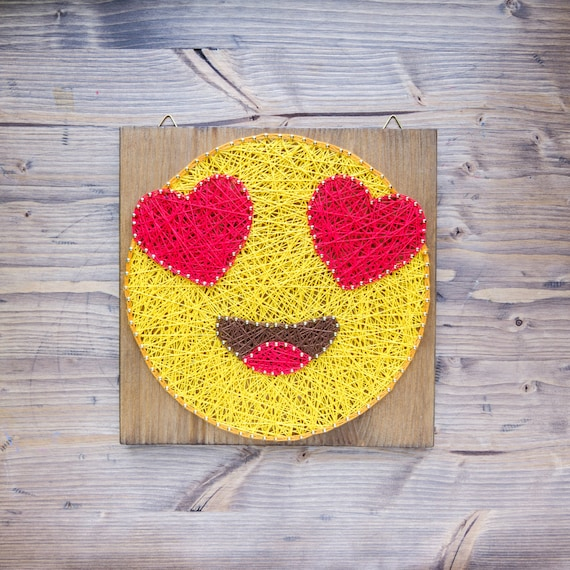 Modern Emoji String Art Wall Decor yellow heart eye in love