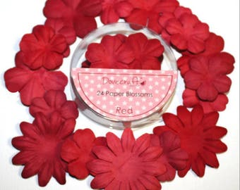 SET OF 24 RED RED SCRAP SCRAPBOOKING PAPER FLOWERS SHARE ALBUM