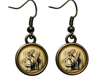 Alice in Wonderland - Alice Curtain - Earrings