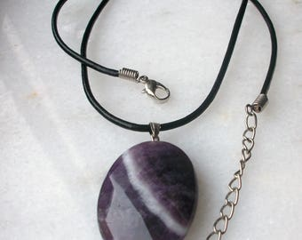 Leather necklace with pendant 35 mm faceted gem stone-Amethyst oval
