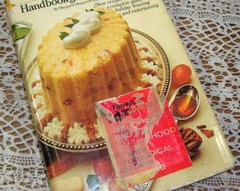 Handbook of Holiday Cuisine, Entertaining, Party Recipes, Cookbook, Ladies Home Journal, Margaret Hapel, Elsa Harrington, 1970  (616-15)