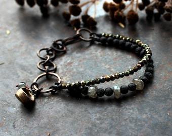 Völva seat bracelet, double labradorite bracelet, black shaman bracelet, viking symbol bracelet, seer bracelet, high seat bohemian bracelet