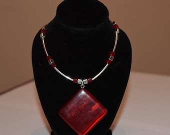 Vintage silver and red square pendant wire necklace