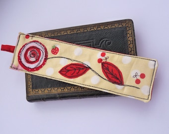 Fabric bookmarks, flower bookmark, appliqué bookmarks, cute bookmark,nature, bookworm, christmas stocking filler, small gift, teachers gift
