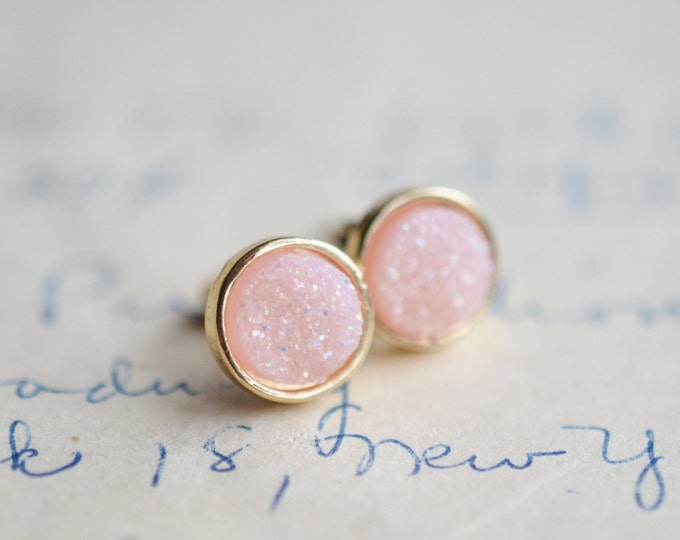 Soft Pink Druzy Earrings - Opal Druzy Earrings - Light Pink Druzy Earrings - Gold druzy - Pink druzy - spring earrings - pink earrings