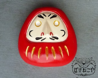 Dauruma doll Brooch