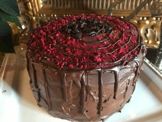 Vegan   Double dark chocolate blueberries raspberries   cake 8'' !