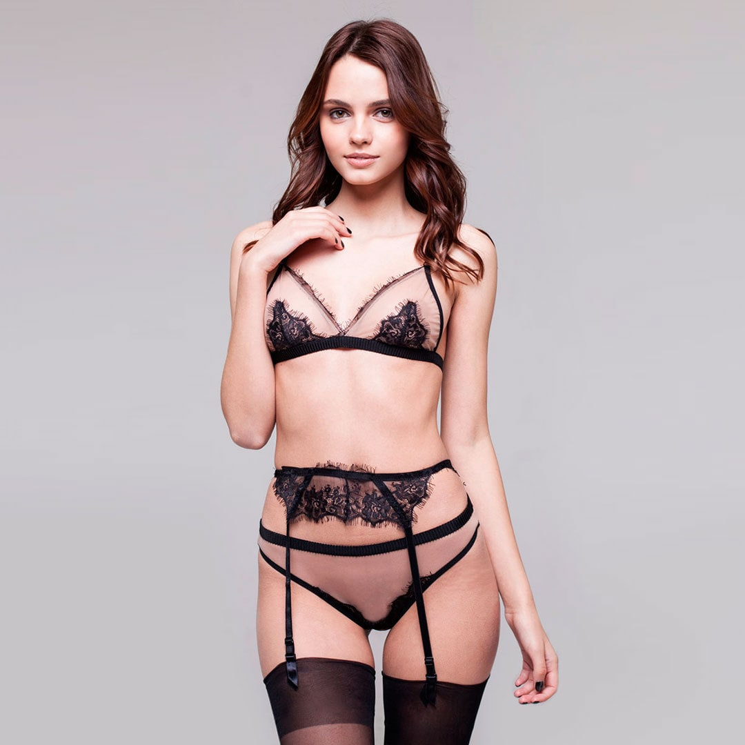 ensemble de nue lingerie dentelle lingerie sexy. Black Bedroom Furniture Sets. Home Design Ideas