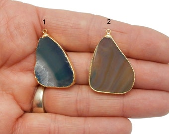 Agate Slice Pendant with 24k Gold Electroplate Edge--- YoU CHooSE Brown /  Blue (S65B2-33)