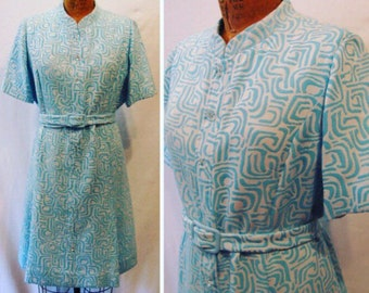 Vintage 60s plus size dress, 1960s plus size dress, op art print plus size dress, mad men dress, turquoise and white day dress