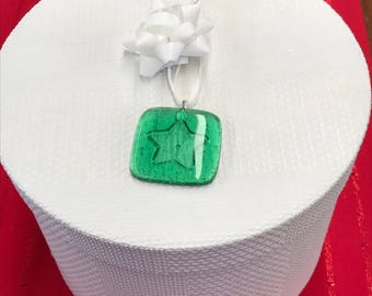 Embossed Fused Glass Gift Tag - Green