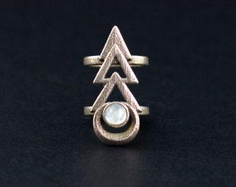 Rune-Midi-Ring in alten Stahl - Midi-Ring mit einer magischen Rune mit Schwerpunkt auf einem Regenbogenmondstein Edelstein.