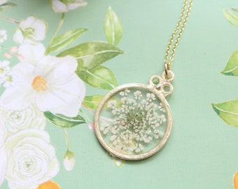 White Queen Anne's Lace Pressed Flower Necklace