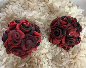 Crimson and black Rose cabs