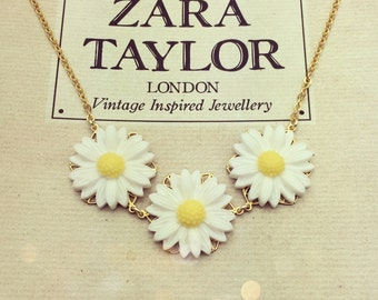 Vintage Daisy Chain Necklace
