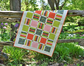 Baby quilt / play mat / crib quilt / baby shower gift