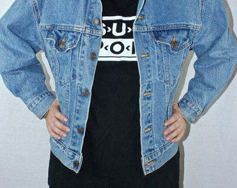 SALE 90s Levi's Made in USA Denim Jacket Excellent Used Conditon Medium Kid's 12/14 Grunge Petite Women's Vtg Vintage