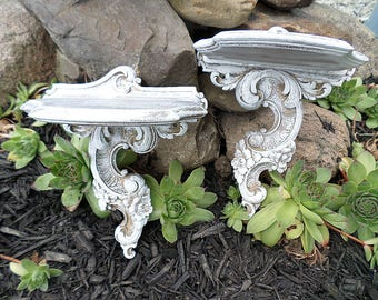 Chic and Shabby,Cottage,Vintage,SyrocoWood,Syroco Wood,Pair of Shelves