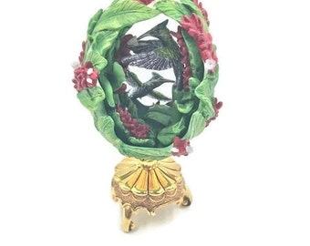 Vintage Franklin Mint House of Fabrege Hummingbird Porcelain Egg With Gold Stand
