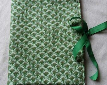 Green travel jewelry pouch
