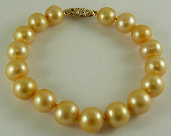 Freshwater Golden 9.6 mm -10.5 mm Pearl Bracelet 14k Yellow Gold Clasp 7 1/2""