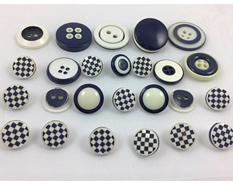 Navy & White Buttons, checkerboard Pattern Buttons, Navy Blue and White Vintage Buttons, Item 662