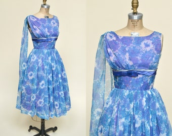 SALE /// Vintage 1960s Party Dress Blue Floral Prom Small