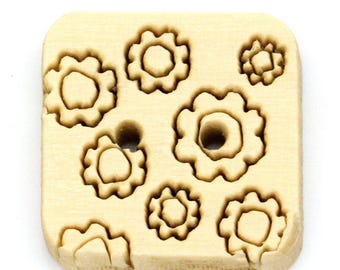 5 square 15 mm decor flowers - 2 holes wood buttons - light wood