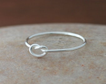 Knot Ring in Sterling Silver, Love Heart Ring, Size 2.5 to 15, Friendship Ring, Thin Knot Ring, Gift for Her, Womens Ring, Minimal Ring