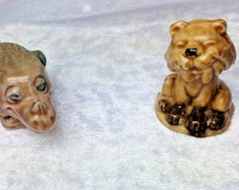 2 Wade Whimsies Flintstones-Prehistoric Rhino and Sabre Toothed Cat